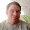 Олег, 44, г.Александровск