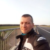 Олег, 34, г.Островец